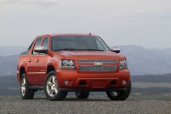 Used Vehicle Review: Chevrolet Avalanche, 2007 2013 chevrolet trucks used car reviews