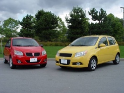 2009 Pontiac G3 Wave and 2009 Chevrolet Aveo5