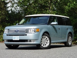 Ford Flex is 2009 Canadian Utility Vehicle of the Year toronto auto show