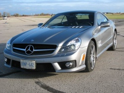 2009 Mercedes-Benz SL63 AMG - photo by Jil McIntosh