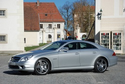 first drive 2009 mercedes benz cls 550 and cls 63 amg. Black Bedroom Furniture Sets. Home Design Ideas