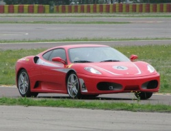 Dev.autos.ca's Tony Whitney gets his school F430 cranked up at Fiorano