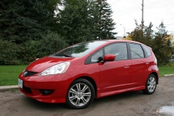 Test Drive: 2009 Honda Fit Sport, with five speed automatic transmission car test drives honda