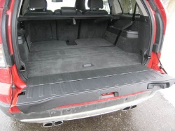 used vehicle review volvo xc90 2003 2014. Black Bedroom Furniture Sets. Home Design Ideas