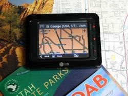 LG LN-735 portable navigation system