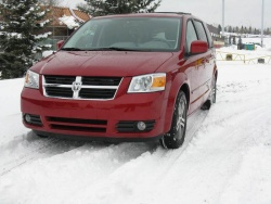 Test Drive: 2009 Dodge Grand Caravan SXT 4.0 litre car test drives dodge
