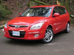 Test Drive: 2009 Hyundai Elantra Touring GL Sport automatic car test drives hyundai