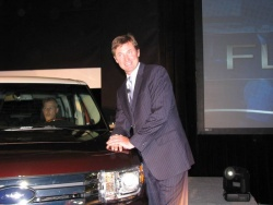 The Great One, Wayne Gretzky, with the Ford Flex
