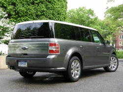 First Drive: 2009 Ford Flex  ford first drives