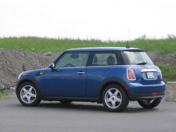 Test Drive: 2009 Mini Cooper luxury cars