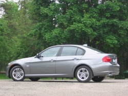 Test Drive: 2009 BMW 328i xDrive bmw