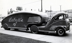 Labatt Streamliner; courtesy JustaCarGuy.blogspot.com