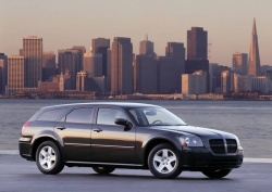 Modern Classics: Dodge Magnum, 2005 2008 modern classics auto articles