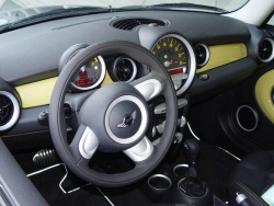 First Drive: Mini E electric car mini first drives electric green news