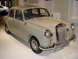 1953 Mercedes-Benz 180 Ponton