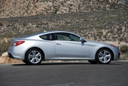 First Drive: 2010 Hyundai Genesis Coupe hyundai first drives