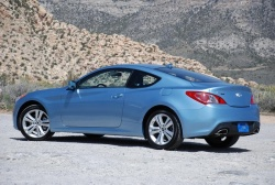First Drive: 2010 Hyundai Genesis Coupe first drives