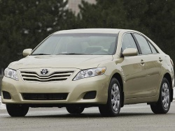 First Drive: 2010 Toyota Camry and Highlander four cylinder models first drives