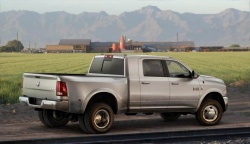 First Drive: 2010 Dodge Ram Heavy Duty trucks first drives dodge
