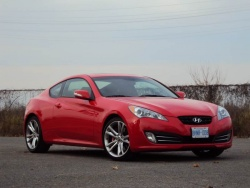 Test Drive: 2010 Hyundai Genesis Coupe 3.8 GT car test drives hyundai