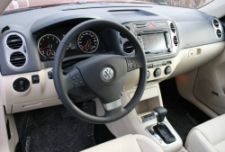 Test Drive: 2010 VW Tiguan 2.0T Highline 4Motion car test drives