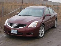 2010 Nissan Altima 3.5SR