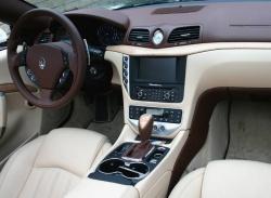 2010 Maserati Gran Turismo convertible