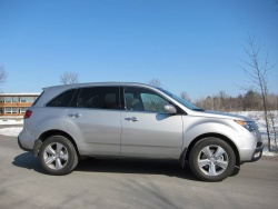 2010 Acura  on Made In Canada  2010 Acura Mdx And 2010 Lexus Rx 350 Acura
