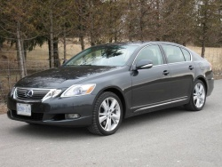 Used Vehicle Review: Lexus GS, 2006 2012  used car reviews reviews luxury cars lexus