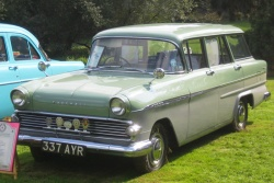 1960 Vauxhall Victor; photo by Wikipedia user Charles01