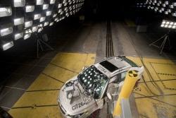 2011 Chevrolet Cruze in crash testing