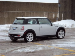 Test Drive: 2010 Mini Cooper S 50 Camden car test drives mini luxury cars