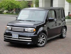 Test Drive: 2010 Nissan Cube 1.8 S Krom nissan car test drives