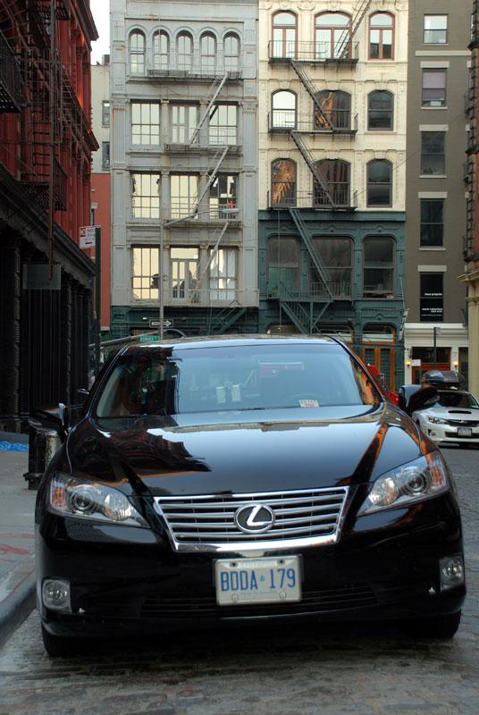 2011 Lexus ES 350 Touring Edition