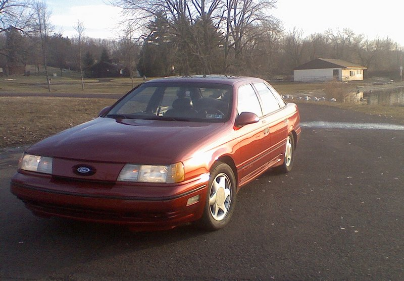 1991 Ford Taurus SHO; photo courtesy pic2fly.com