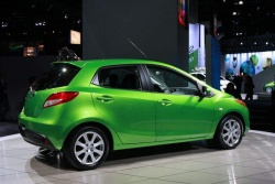 Preview: 2011 Mazda2 car previews mazda