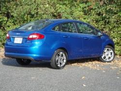2011 Ford Fiesta SEL sedan