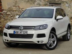 2011 Volkswagen Touareg V8 TDI (not available in Canada)