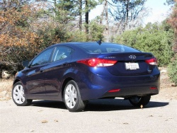 First Drive: 2011 Hyundai Elantra first drives