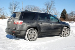 Test Drive: 2011 GMC Acadia Denali   Ottawa to the Chicago Auto Show auto articles
