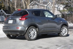Test Drive: 2011 Nissan Juke SL AWD car test drives nissan