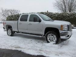 Test Drive: 2011 Chevrolet Silverado 2500HD 4WD Crew Cab trucks car test drives reviews auto articles chevrolet