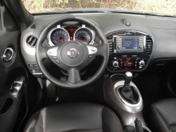 Test Drive: 2011 Nissan Juke SL FWD car test drives nissan