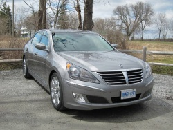 Test Drive: 2011 Hyundai Equus  car test drives reviews luxury cars hyundai auto articles