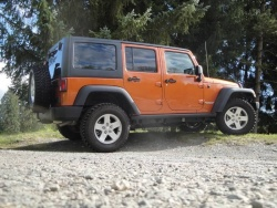 Test Drive: 2011 Jeep Wrangler Unlimited Rubicon car test drives reviews jeep auto articles