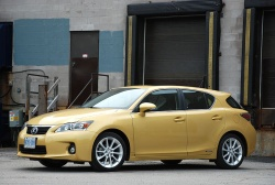 Test Drive: 2011 Lexus CT 200h videos car test drives reviews makes luxury cars lexus auto articles