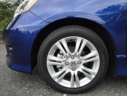 Test Drive: 2011 Honda Fit Sport  auto articles