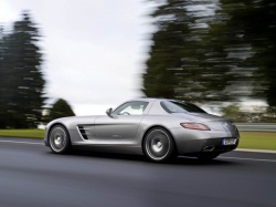First Drive: 2011 Mercedes Benz SLS AMG mercedes benz luxury cars first drives
