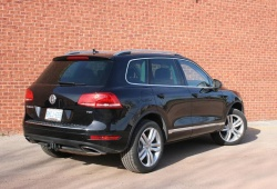 Test Drive: 2011 VW Touareg TDI Execline auto articles