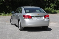 Test Drive: 2011 Chevrolet Cruze Eco car test drives chevrolet